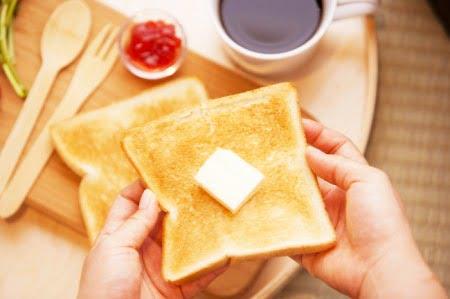 ゲンセンカフェのハニーバタートースト(バルミューダ)