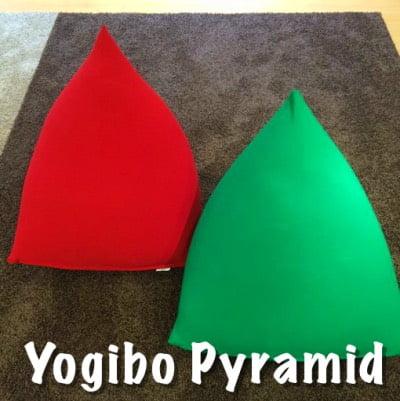 ヨギボーピラミッドののグリーンとレッド