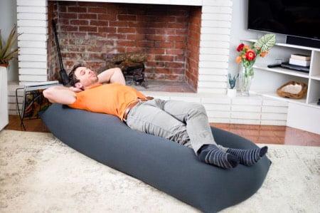 ベッドとして使うヨギボーソファ