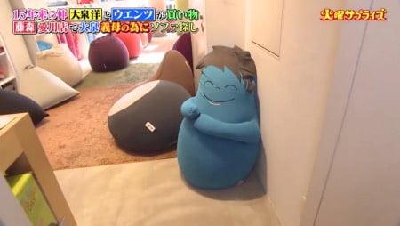 ヨギボー青山店の2階で大泉洋さんを迎えるハギボー